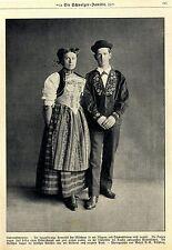 Paar in Unterwaldner Volkstracht Historische Aufnahme von 1918