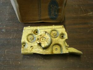 NOS OEM Ford 1957 1960 Truck RH Door Latch 1958 1959 F100 F200 F300 Pickup