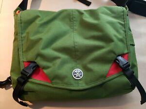 Crumpler Messenger Army Green Canvas Bag