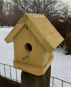 """Yellow Hand Crafted """"Finch"""" Birdhouse - Lancaster Cnty - PA"""
