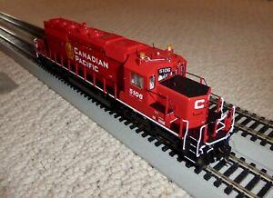 Bowser Trains HO Executive Line GMD SD40-3 CP Golden Beaver #5106 with Kadees