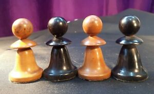 Antique 19C c1860 Hand-Carved Box Wood Chess Pieces. 2 White/ 2 Black PAWNS