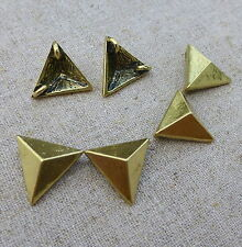 Antique Gold Pendant or Connector, Triangle Link  - pack of 10