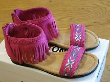 "New Spring 2017 Minnetonka ""Coco"" hot pink fringe zipper sandals,child 10,NIB"