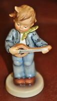 """Goebel Hummel Figurine #558 """"Little Troubadour""""  TMK7 Germany 4"""""""