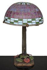 lampe ancienne type Tiffany  fer et pâte de verre