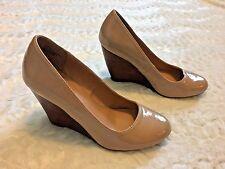 Women's Zigi Soho Tan Beige Patent Leather Wedge Heels Pumps Sz 7M