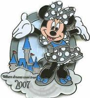 Disney Pin 54565 Disney's Rewards Visa Cardmember 2007 Minnie Mouse Dreams LE