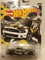 Ford shelby gt500 super snake 1.64 DIECAST MODEL CAR HOT WHEELS NEW BOYS TOYS