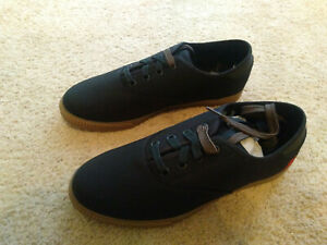 Casual Cycling Bicycle Shoes, Chrome Truk / Black Gum BR 1214, Size 11.5 US, New