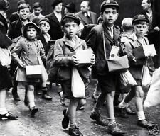 WW2 Photo, Battle of Britan School Children WWII UK World War Two London England