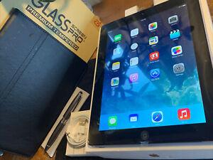 Apple iPad 3rd (32gb) LTE Cellular Unlocked (A1416) Retina 9.7in Black {iOS7}95%