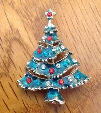 crochet badge. Christmas mistletoe brooch handmade christmas gift