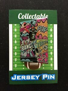 Seattle Seahawks Russell Wilson lapel pin-Collectible-4 caps/shirts/jerseys