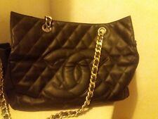 borsa vintage modello Chanel in vitello ereditata da mia madre tenuta molto bene
