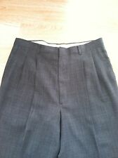 Mens Haggar Pants, Size 34x30 Gray, Lightweight, Excellent!