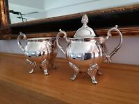Vintage Sheridan Footed Silver Plated Sugar Bowl w/Lid and Creamer Set