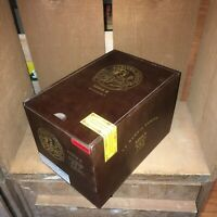 La Gloria Cubana Serie R Empty Wooden Cigar Box 6.5x5.25x5