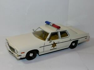 GREENLIGHT 191975 DODGE MONACO HAZZARD COUNTY SHERIFF CAR 1/24 85094