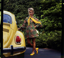 JANE POWELL BY YELLOW VW BEETLE ORIGINAL PHOTOGRAPHER SLIDE TRANSPARENCY RARE