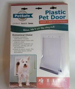 "PetSafe Plastic Pet Door Medium 1-40 lb 8 1/8""x 12 1/4"" Flap Opening complete"