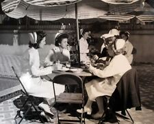 WW2 Photo WWII US Navy Nurses Enjoy Lunch San Diego 1944  World War Two / 1659
