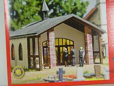 Aussegnungshalle, Trauerhalle, Friedhofskapelle  Busch HO 1:87 Bausatz 1566  #E
