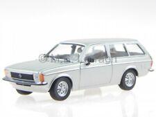 Opel Kadett C Caravan plata coche en miniatura 400048111 Minichamps 1 43