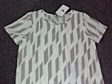 TEMT: Size: 10. Modern Loose-Fit Stylish White with Black Print Short-Sleeve Top