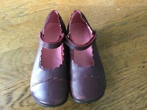 burgundy girl dress shoes