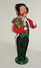 CAROLING MAN CAROLER Byers Choice 2016 Figure Doll New with Tags $70
