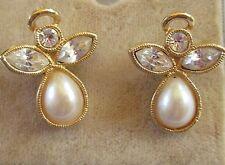AVON signed ANGELIC EXPRESSIONS faux pearl rhinestone angel pierced earrings EUC
