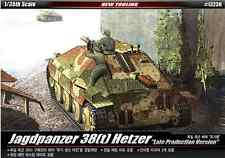 1/35 JAGDPANZER 38(t) HETZER LATE PRODUCTION Ver / ACADEMY MODEL KIT