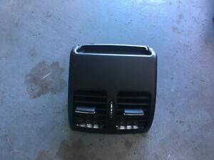 A2048300954 Mercedes C E Class W204 rear centre AC heat vents interior console