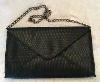 Jessica McClintock Womens Clutch Purse Black Faux Leather Snake Skin Chain