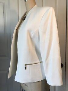 Kasper Size 16 White Blazer With Gold Zippers