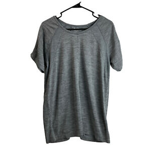 Athleta Foothill Perforated Seamless Tee XL Extra Large Grey