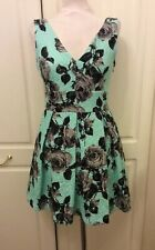 TOPSHOP Green/Grey Flowers Low With a Centre Bow Back Cotton Mix Size 12