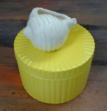 Fitz and Floyd Round Ribbed Bright Yellow Conch Shell Handle Trinket Dish & Lid
