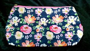 RARE MARY SQUARE LARGE DESIGNER COSMETIC BAG PINK FLORAL PATTERN ZIPPER CLUTCH