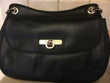 DKNY BLACK LEATHER HANDBAG WITH ADJUSTABLE  LEATHER GOLD CHAIN S/STRAP
