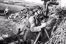 WW2 - Officier géorgien de l'Armée allemande au binoculaire en 1944 en Normandie