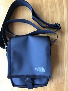 North Face Bardu Cross Body Bag In Black - NEW