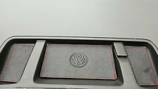 Pelle Nera/Rosso Stitch. Coin vassoio Inserti. VW T5.1 TRANSPORTER - 09' in poi