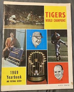 DETROIT TIGERS 1969 YEARBOOK Book Magazine 1968 World Series Champions Al Kaline