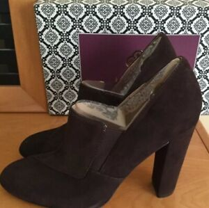 Isola Ankle Boots Heel Shoes Brown Leather Pull On Booties Sz 9,5