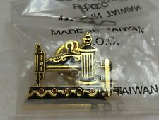Globe 1864 Collectors Enamel Pin Gift Vtg Hand Crank Sewing Machine Clotilde #9
