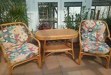 Rattan Gruppe Garnitur Tisch und 2 Sessel mit passenden Sitz - und Rückenkissen