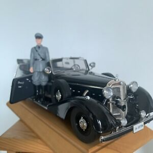 1:18 Mercedes 770k Supercharged Armoured  German Staff Car Signature Models