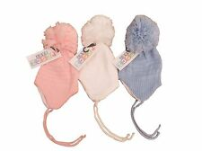 BNWT Baby girl boy winter knitted bobble pom pom hat pink white or blue 0-3 3-6m